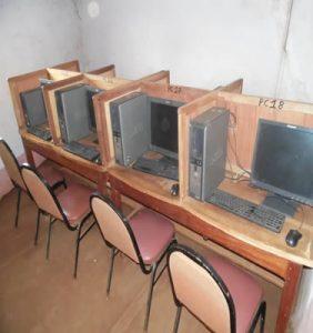 Cyber café à Bafoussam, Cameroun